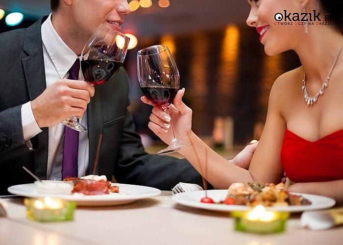 WALENTYNKI w Hotelu Smile Pieniny w SZCZAWNICY. Wyżywienie, romantyczna kolacja i kąpiel z hydromasażem i winem