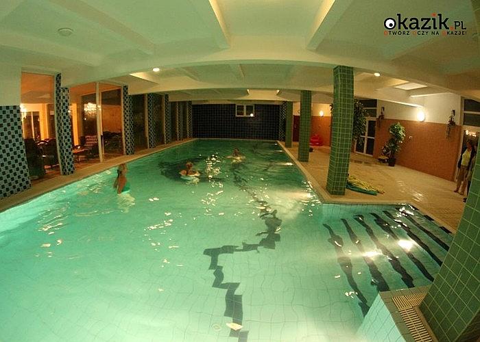 Hotel Daisy Superior! Pobyt ze śniadaniami i wstępem na basen, pokoje z łazienką i prysznicem, TV, WiFi