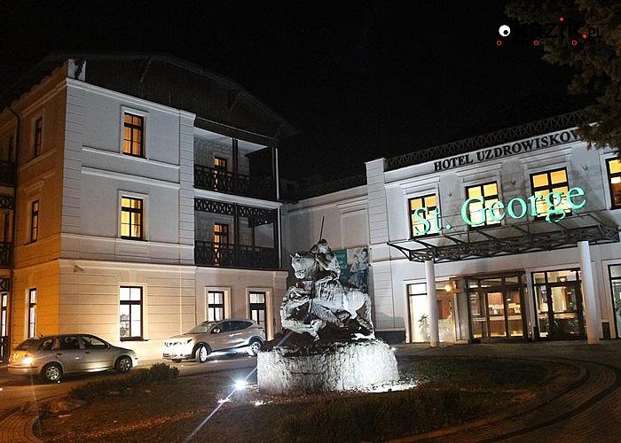 Magiczne Święta w Hotelu St. George w Ciechocinku! Komfortowe pokoje! Nielimitowany Fitness! Mnóstwo atrakcji!