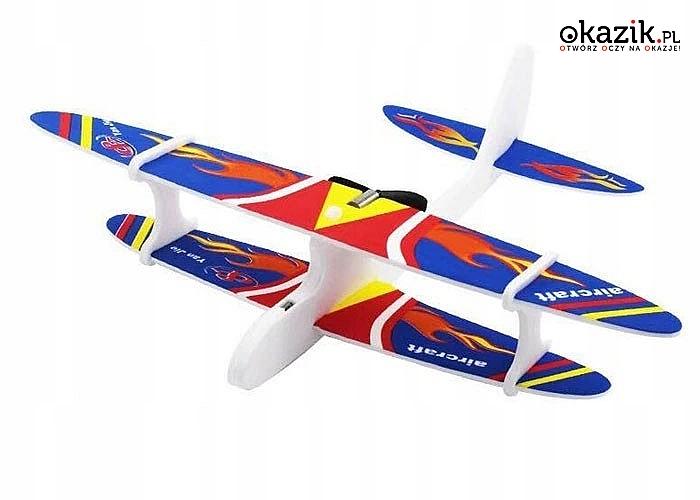 Niesamowita zabawka dla małych i dużych. Piankowy Samolot Dwupłatowiec z wbudowanym akumulatorem.Gwarancja dobrej zabawy