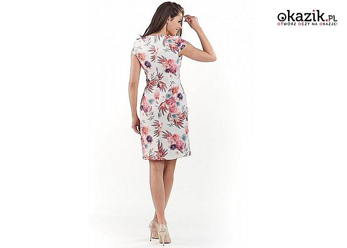 Sukienka do kolan z krótkim rękawem. Modne kolory i walory