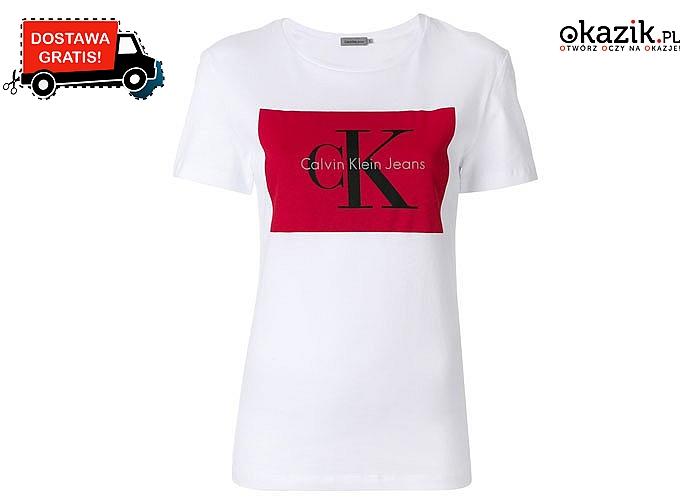 Damski T-shirt logowany marką Calvina Kleina