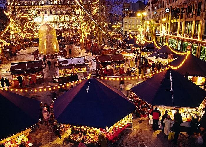 Jarmark Bożonarodzeniowy Budapeszt Express! Autokar! Opieka pilota! Poczuj magię świąt w niezwykłym miejscu!