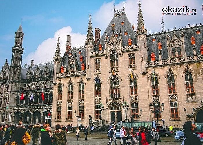 Co dwa lata Grand Place w Brukseli pokrywa kolorowy dywan. Wybierz się na wycieczkę i zobacz to na własne oczy!