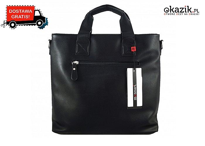 Dla każdej stylowej kobiety!  Czarna torebka Monnari z kieszonkami i brelokiem