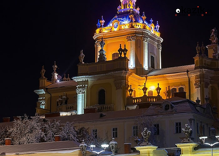 Ukraiński Jarmark Bożonarodzeniowy. Poczuj atmosferę świąt we Lwowie. Przejazd, zwiedzanie i opieka w pakiecie.