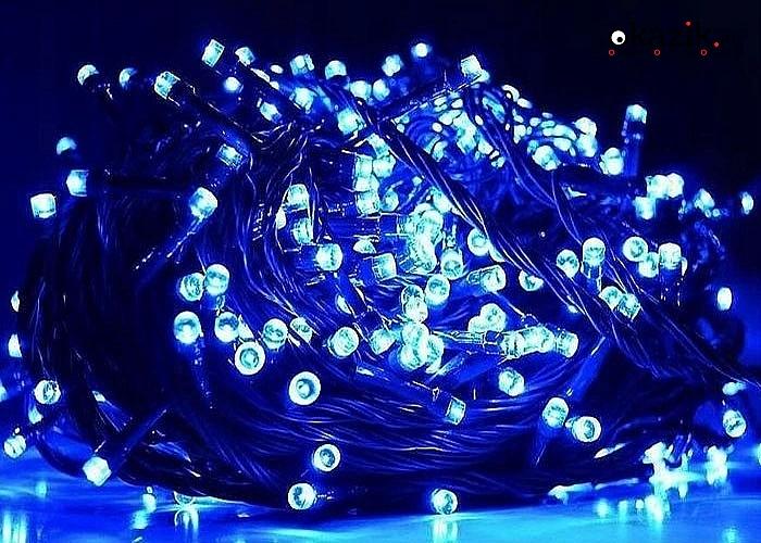 Zaczaruj swój dom i wprowadź magię świąt przez rozświetlenie wnętrza i swojej choinki