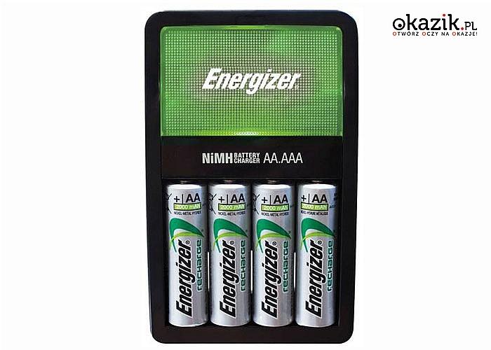 Ładowarka Energizer oraz 4 akumulatorki R6 AA 2000 mAh.
