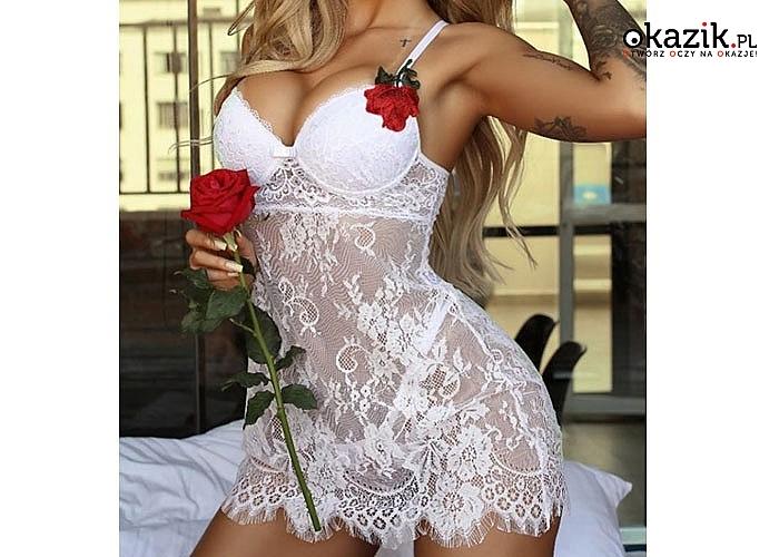 Biała koszulka nocna z seksownej koronki nieziemsko zmysłowa