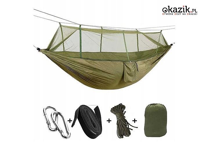 Hamak jest bardzo wygodny w podróży, wędrówkach z plecakiem, przygodach na świeżym powietrzu i na kempingu