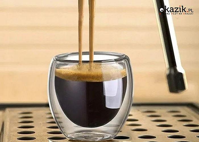 Szklanki termiczne pozwolą Ci na degustację kawy w gronie najbliższych, którzy docenią Twój wyjątkowy sposób podania
