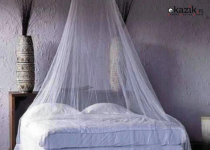 Baldachim jest pięknym i magicznym dodatkiem do pokoju i służy jako dekoracyjny element lub jako ochrona przed owadami
