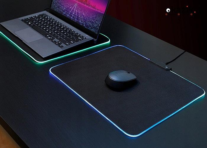 Podkładka pod myszkę z  podświetleniem rgb led idealne uzupełnienie zestawu gamingowego