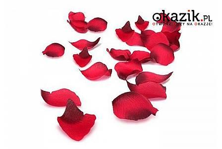 100 czerwonych płatków róży: na panieński lub romantyczny wieczór we dwoje