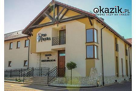 Hotel Pod Figurą*** Jeden z najbardziej malowniczo położonych obiektów na Jurze Krakowsko – Częstochowskiej! Wyżywienie!