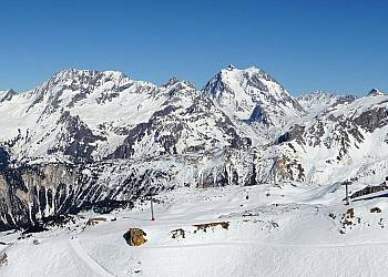 Urlop narciarski w Alpach