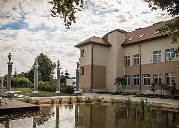 Ostatki w Villa Forsycje