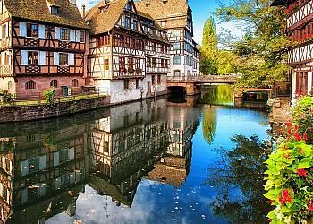 Odwiedź  najpiękniejsze miasta Francji, czyli Strasbourga i Colmar.