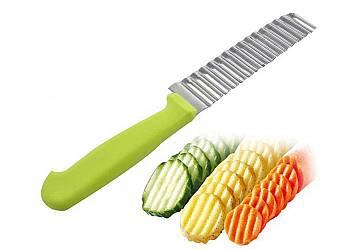 Nóż karbowany